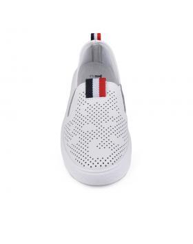 Бели дамски ежедневни обувки 0133995 в online магазин Fashionzona