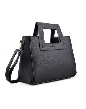 Черна дамска ежедневна чанта 0134407 в online магазин Fashionzona