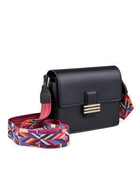 Черна дамска ежедневна чанта 0134396 в online магазин Fashionzona
