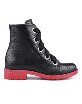 Черни дамски ежедневни боти 0134690 в online магазин Fashionzona