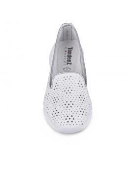Бели дамски ежедневни обувки Dani в online магазин Fashionzona