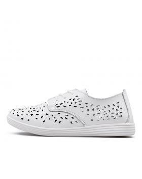 Дамски ежедневни обувки бели 0133410