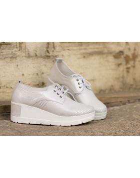 Бели дамски ежедневни обувки 1805 в online магазин Fashionzona