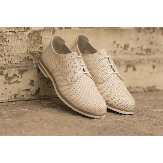 Бежови дамски ежедневни обувки Linda