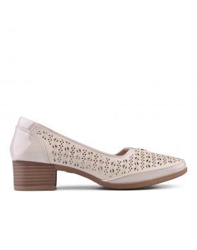 Бежови дамски ежедневни обувки 0133694 в online магазин Fashionzona