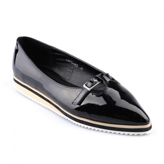 Черни дамски ежедневни обувки Scarlet