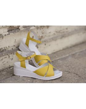 Жълти дамски ежедневни сандали 240 Francisca в online магазин Fashionzona