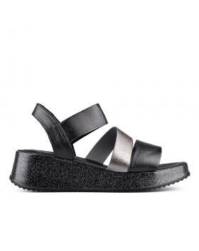 Черни дамски ежедневни сандали 0135042 в online магазин Fashionzona