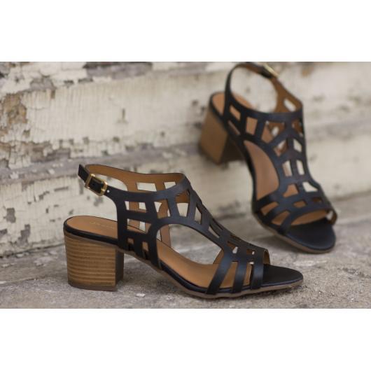 Черни дамски ежедневни сандали Sveta