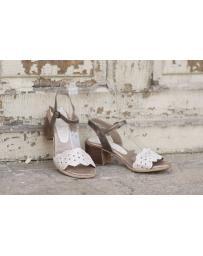 Златисти дамски ежедневни сандали 1818