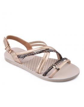 Златисти дамски ежедневни сандали Quinta в online магазин Fashionzona