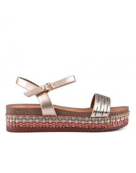 Златисти дамски ежедневни сандали 0133718 в online магазин Fashionzona