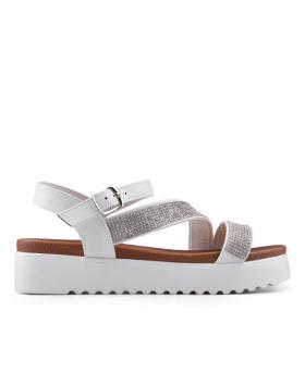 Бели дамски ежедневни сандали 0134535 в online магазин Fashionzona