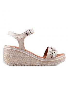Бежови дамски ежедневни сандали 3045 в online магазин Fashionzona