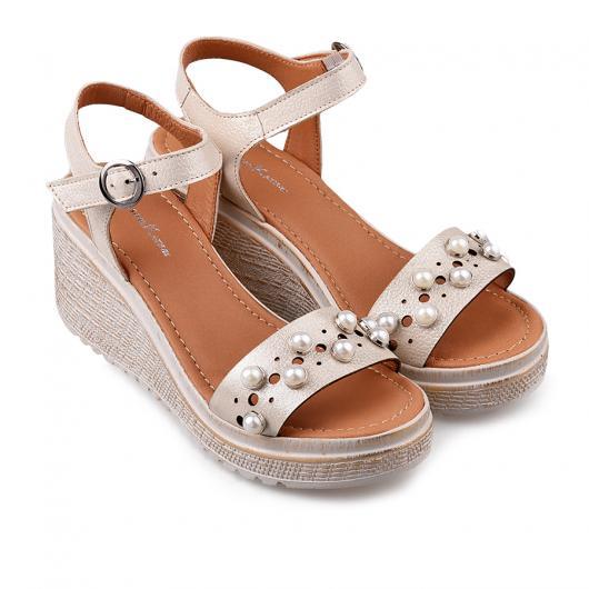 Бежови дамски ежедневни сандали Jordan