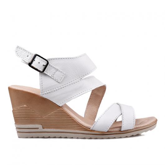 Бели дамски ежедневни сандали 269