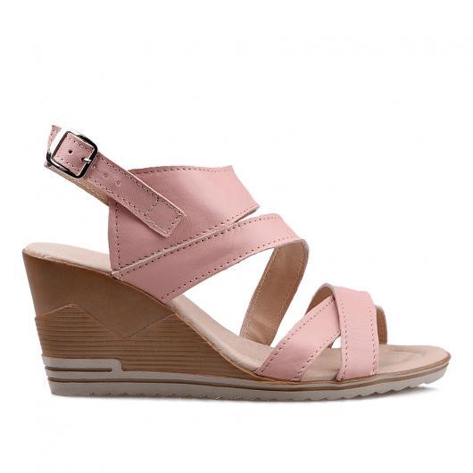 Розови ежедневни сандали Karlee