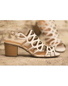 Бежови дамски ежедневни сандали 3040 в online магазин Fashionzona