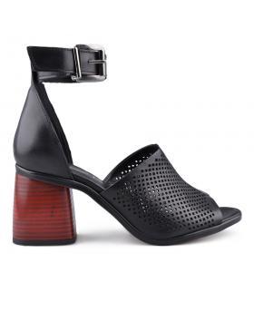 Черни дамски ежедневни сандали 0134669 в online магазин Fashionzona