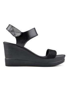 Черни дамски ежедневни сандали 0136197 в online магазин Fashionzona