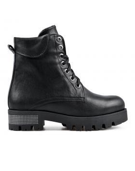 Черни дамски ежедневни боти 0136188 в online магазин Fashionzona