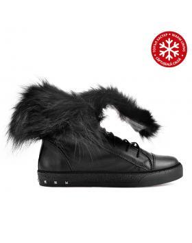 Черни дамски ежедневни боти с топъл хастар 0136186 в online магазин Fashionzona