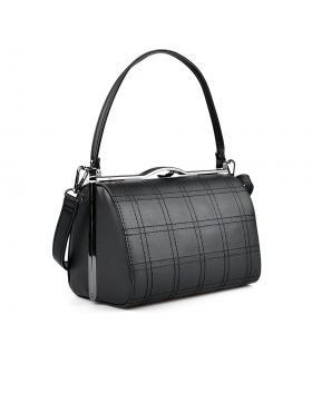 Черна дамска ежедневна чанта 0136099 в online магазин Fashionzona