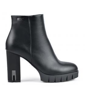 Черни дамски елегантни боти 0135252 в online магазин Fashionzona