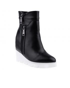 Черни дамски ежедневни боти Rocio в online магазин Fashionzona