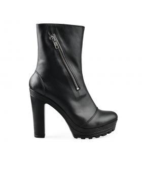 Черни елегантни дамски боти 218/15493 в online магазин Fashionzona