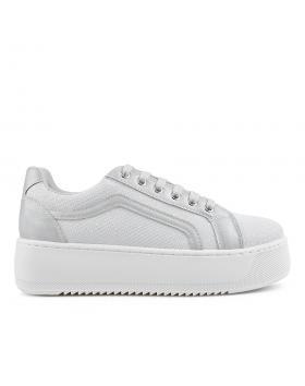 Бели дамски ежедневни обувки Jakiya в online магазин Fashionzona