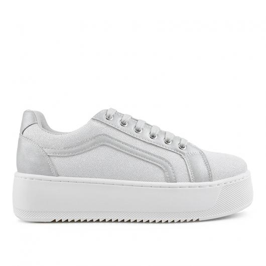 Бели дамски ежедневни обувки Jakiya