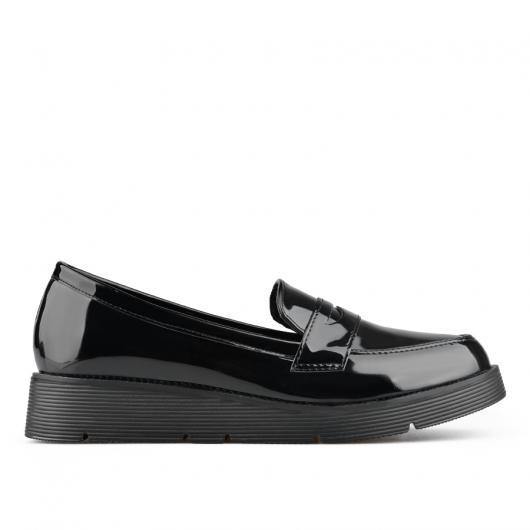 Черни дамски ежедневни обувки Tessa