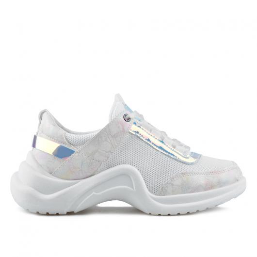 9c00bacb116 Бели дамски ежедневни обувки Cade ⋙ на цена 27,22 лв — Fashionzona