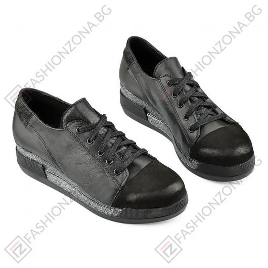 Черни дамски ежедневни обувки Mrinalini