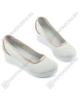 8960ff1d2d9 Бели дамски ежедневни обувки Staci в online магазин Fashionzona