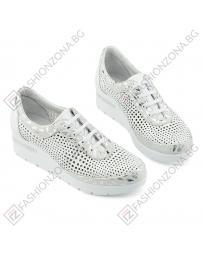 Бели дамски ежедневни обувки Genesis