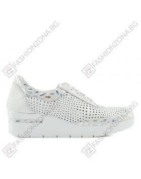 Бели дамски ежедневни обувки Genesis в online магазин Fashionzona