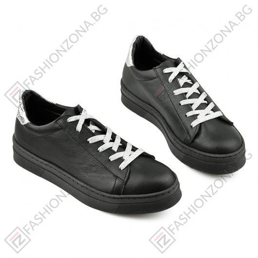 Черни дамски ежедневни обувки Legacy Tisha