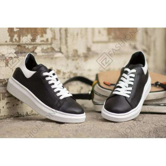 Черни дамски ежедневни обувки Keira