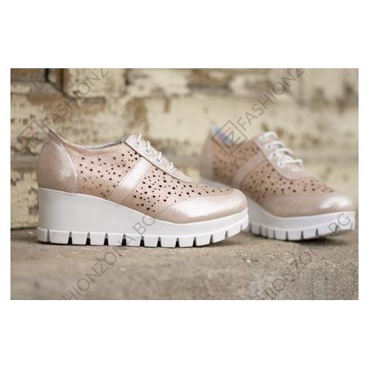 Розови дамски ежедневни обувки Imani