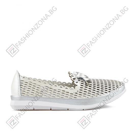 Бели дамски ежедневни сандали Monserrat