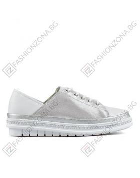Бели дамски ежедневни обувки в online магазин Fashionzona