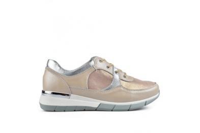 Бежови дамски ежедневни обувки