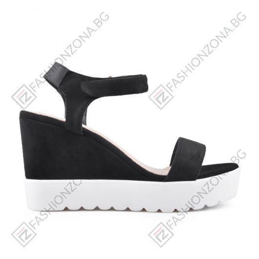 Черни дамски ежедневни сандали Lennon