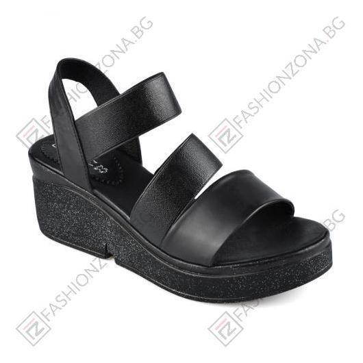 Черни дамски ежедневни сандали Sarah