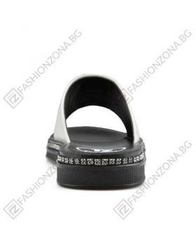 Бели дамски ежедневни чехли Sophia в online магазин Fashionzona
