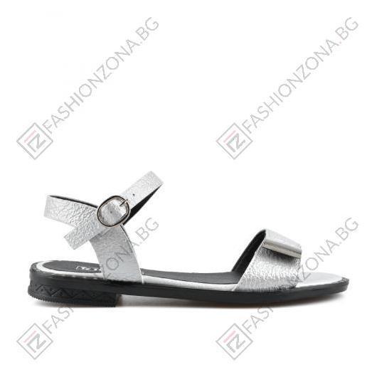 Бели дамски ежедневни сандали Amayah
