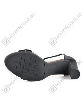 Черни дамски ежедневни сандали Dollie в online магазин Fashionzona