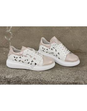 Бели дамски ежедневни обувки Chasity в online магазин Fashionzona
